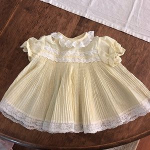 Vintage Lace Pleated Girls Frilly Dress Top